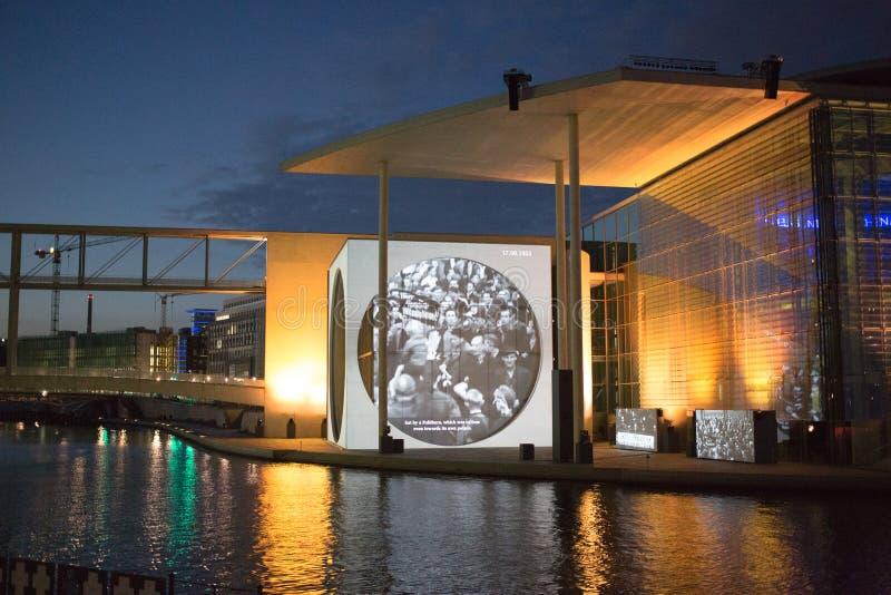 Bundestag Lichtshow