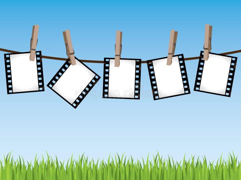 Filme las tiras que cuelgan en una línea fotografía de archivo libre de regalías