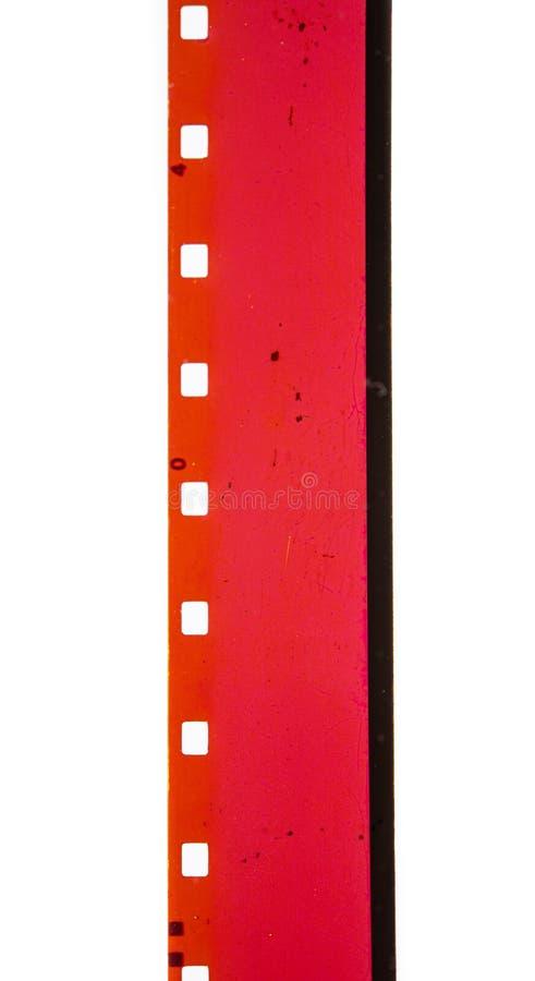 Filmhintergrund für den roten Filmstreifen mit 8 mm Filmleiter stockfotografie