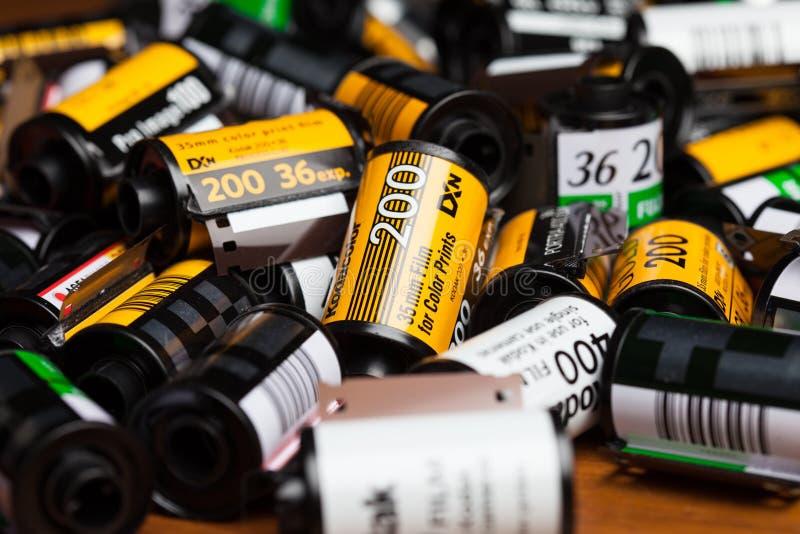 Films de Kodak sur la table en bois photos libres de droits