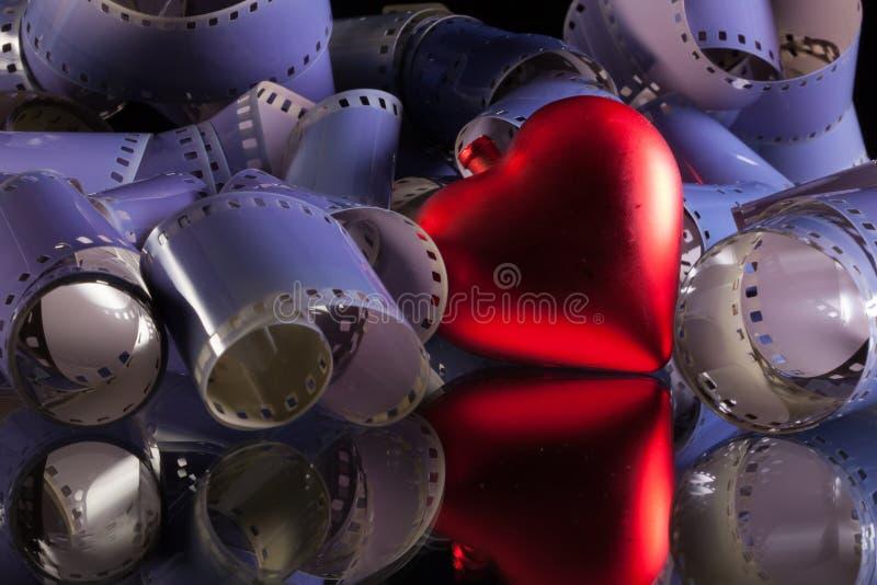 films photographiques de 35 millimètres et symbole d'amour image libre de droits