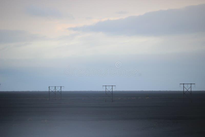 Fils de sable de volcan de dessert de l'Islande photo stock