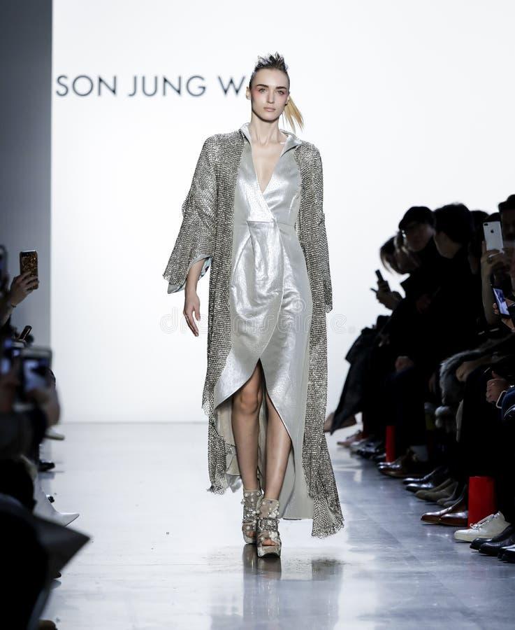 Fils Jung Wan FW18 images stock