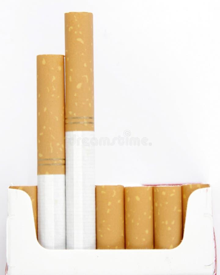 Filtro del paquete del tabaquismo imagenes de archivo