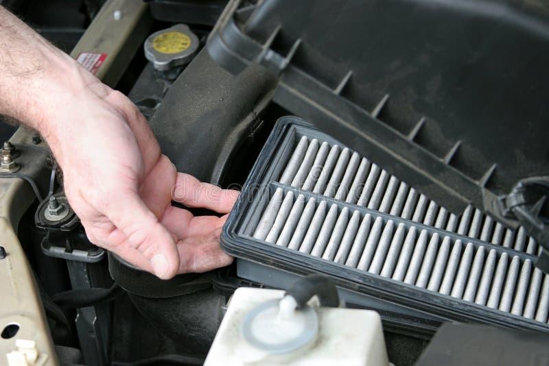 Filtro dell'aria sporco dell'automobile immagine stock libera da diritti