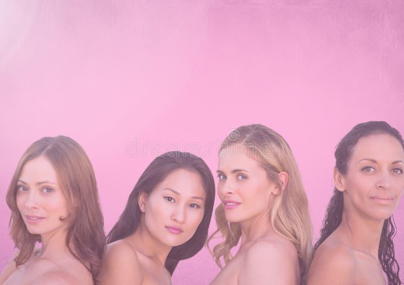 filtro nevoento cor-de-rosa sobre as cabeças do ` das mulheres fotografia de stock royalty free