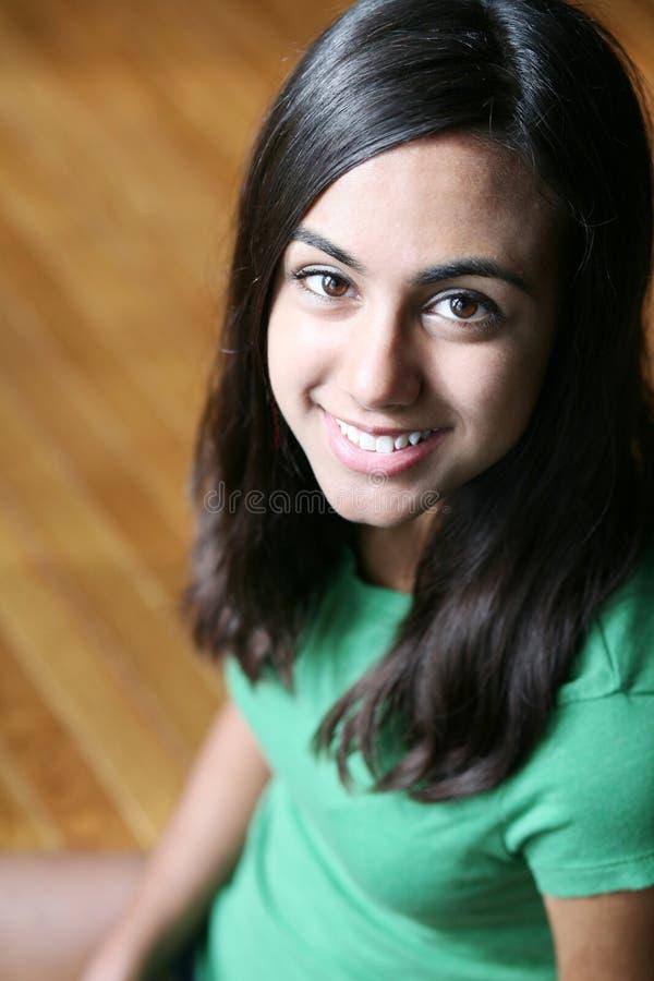 Fim acima da menina indiana nova bonita imagens de stock