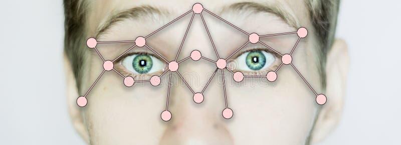 Fim biométrico da identificação da varredura do olho isolado acima foto de stock