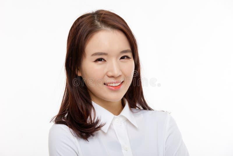 Fim bonito asiático novo da mulher de negócio acima do retrato foto de stock royalty free