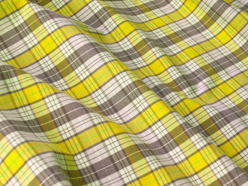 Fim Checkered da tela acima. Amarelo fotos de stock royalty free