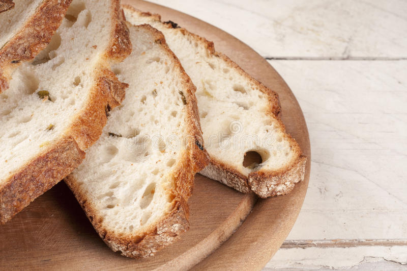 Fim cortado fresco do pão acima fotos de stock
