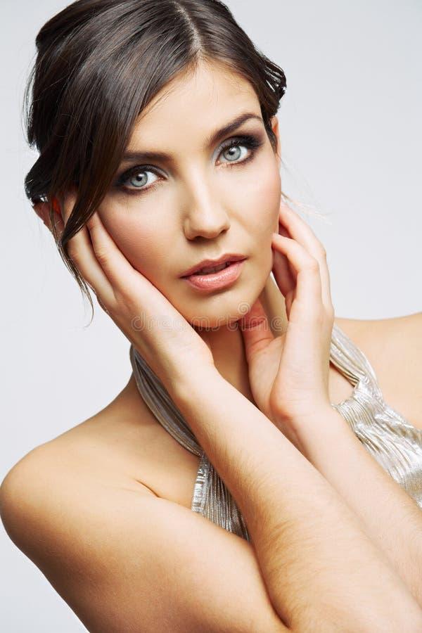 Fim da cara da mulher da beleza acima do retrato Modelo novo fêmea estúdio fotografia de stock royalty free