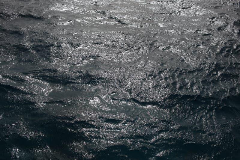 Fim da onda do mar acima Fundo da água com brandamente obscuridade, textura fotografia de stock