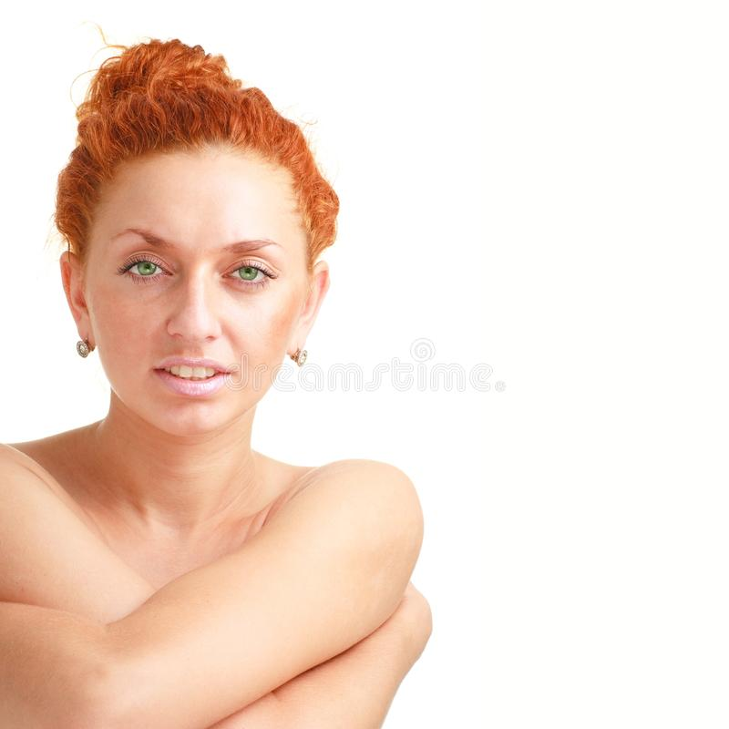Fim de cabelo vermelho atrativo da mulher acima foto de stock