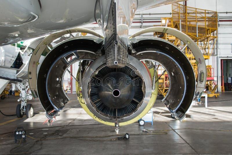 Fim de Jet Maintenance acima foto de stock