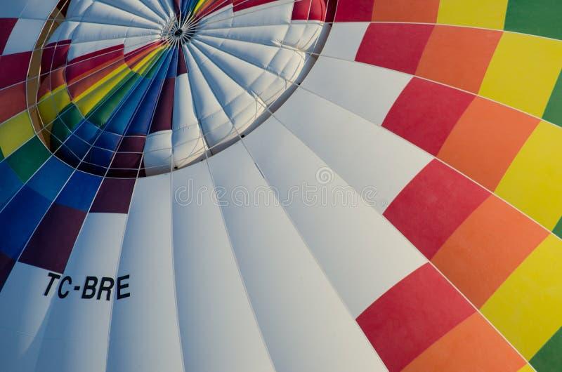 Fim do balão de ar quente acima foto de stock