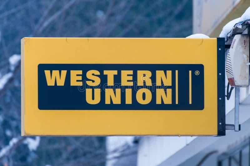Fim do sinal de rua de Western Union acima do tiro fotografia de stock royalty free