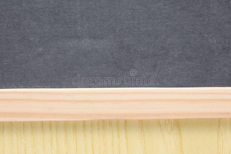 Fin d'école de concept sur un tableau noir vide d'ardoise avec l'espace de copie photo stock