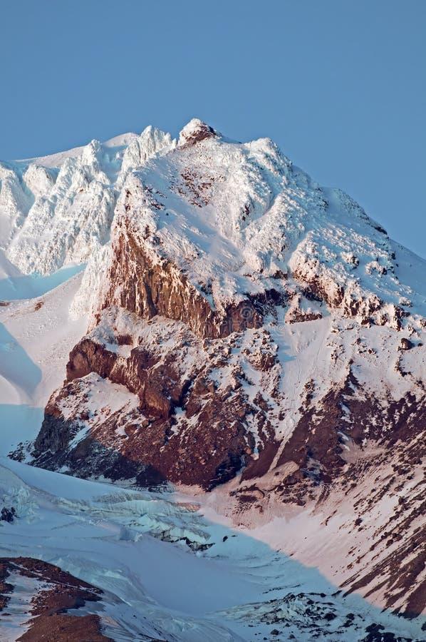 Fin de capot de Mt vers le haut images stock