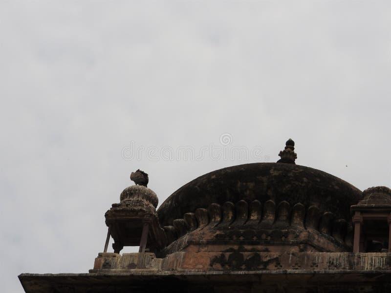 Fin de Chhatri vers le haut de jour lear, Orchha, Madhya Pradesh, Inde image libre de droits