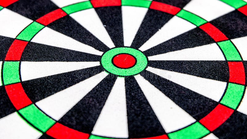 Download Fin de cible de dard image stock. Image du noir, dartboard - 45367901