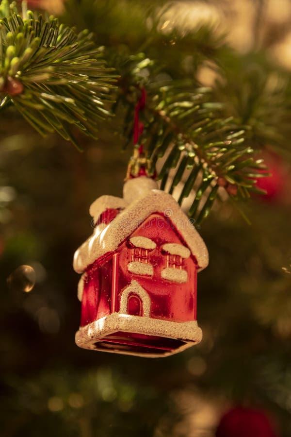 Fin de décoration d'arbre de Noël  photographie stock