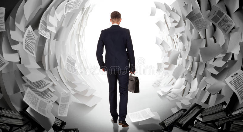 Download Fin De Travail De Bureau Lourd Photo stock - Image du confiant, inspiration: 87708204