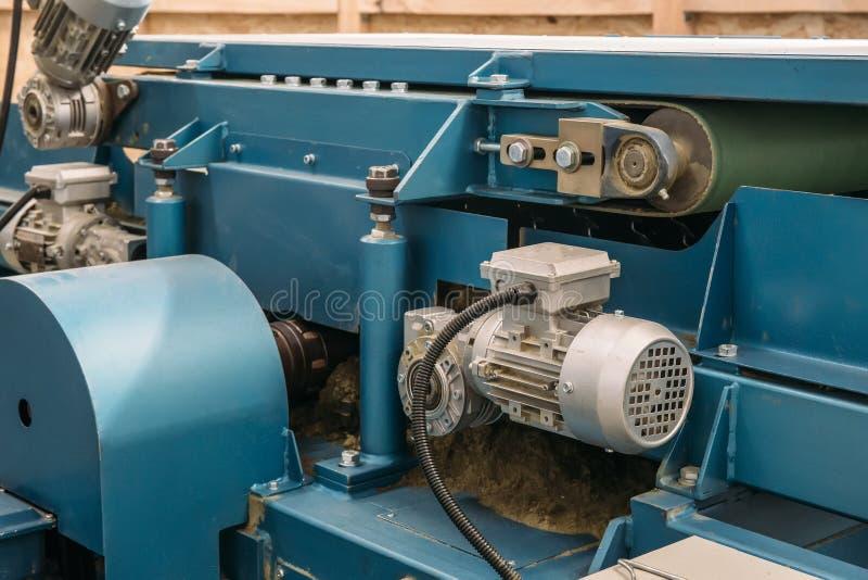 Fin des véhicules à moteur industrielle d'équipement de machine-outil, fond abstrait de métal ouvré de fabrication d'industrie images stock