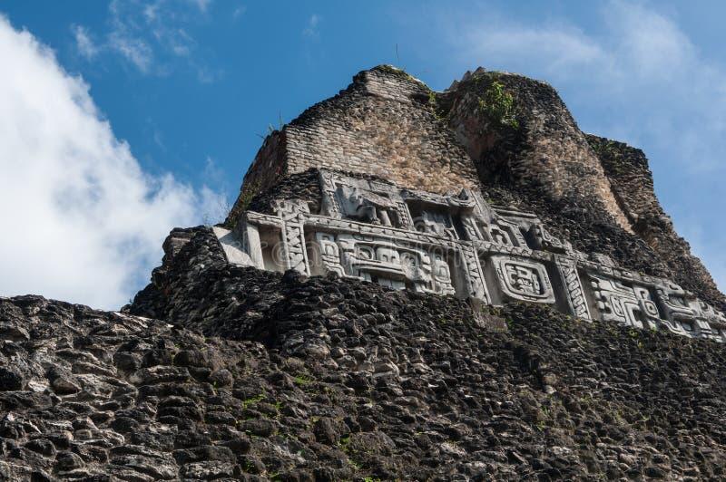 Fin maya de temple de Xunantunich de frise image libre de droits