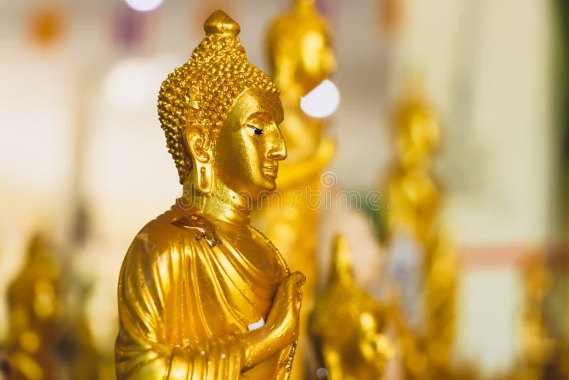 Fin vers le haut de beau Bouddha d'or image libre de droits