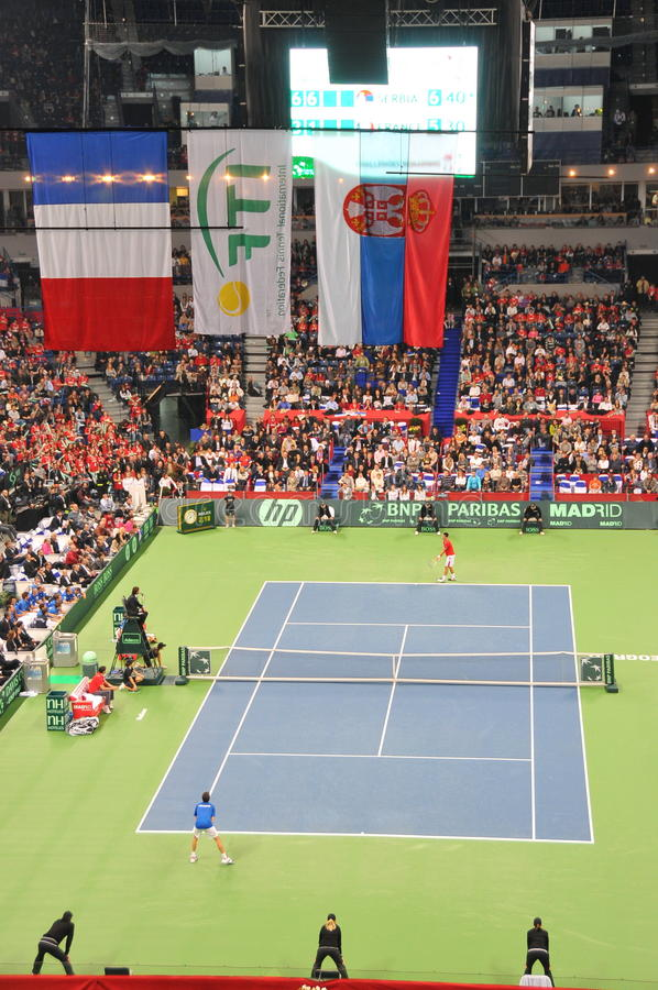Finais da Taça 2010 de Davis: 3:2 de Serbia - de France fotos de stock royalty free