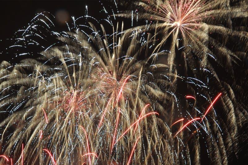 Finale d'explosion de feu d'artifice photographie stock libre de droits