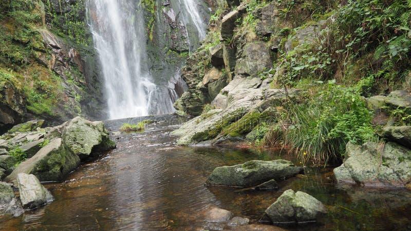 Finale d'une cascade, Silleda, Pontevedra, Espagne, Europe images libres de droits