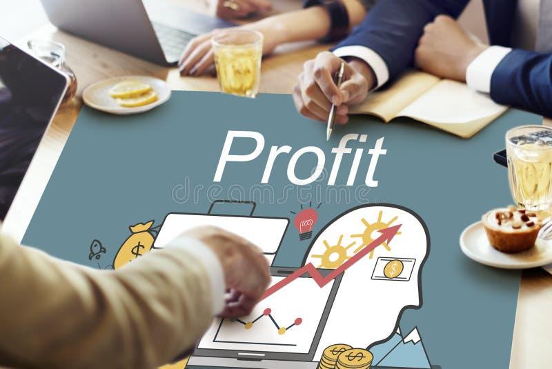 Finança da contabilidade do lucro que examina o conceito da operação bancária do dinheiro fotografia de stock royalty free