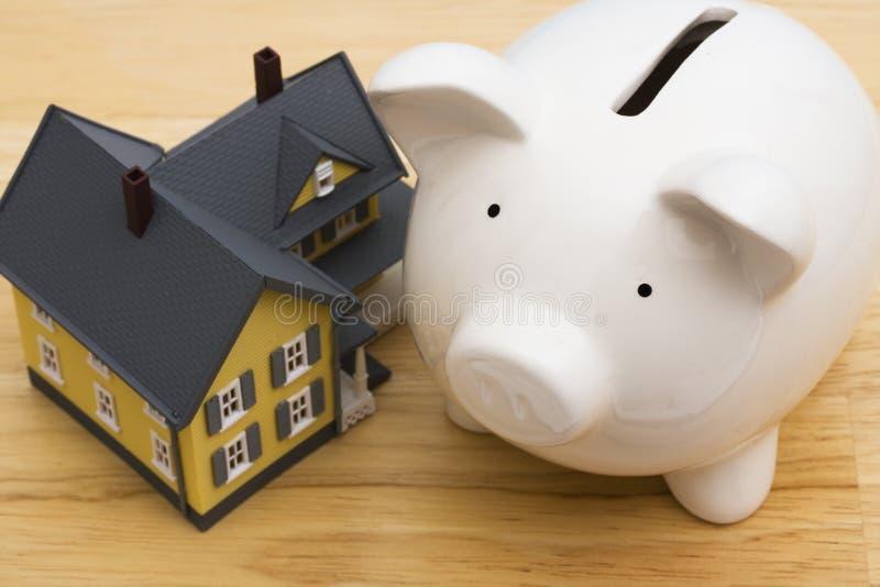 Finances de maison photographie stock libre de droits