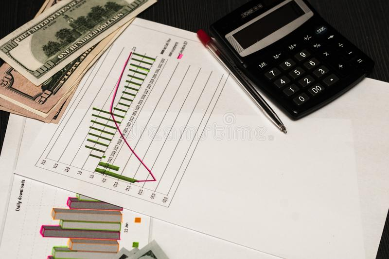 Financiële duurzaamheid van de onderneming Geld als winst stock afbeelding