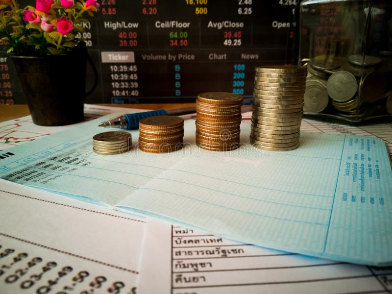 Financial growth and investment profits with financial concepts. Financial growth and investment profits with the concept of investor planning stock photos