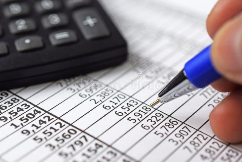 finans citerar rapportmaterielet arkivbilder