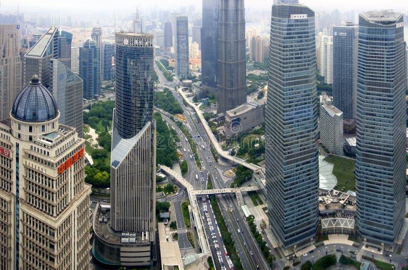 Finanscentrum i Shanghai lujiazui royaltyfria bilder