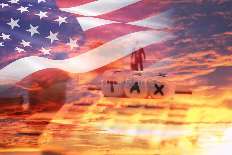 Finanser för affärsman för begrepp och för räknemaskin för skattreform - Förenta staternaskatter på importer av gods i export- oc royaltyfria foton