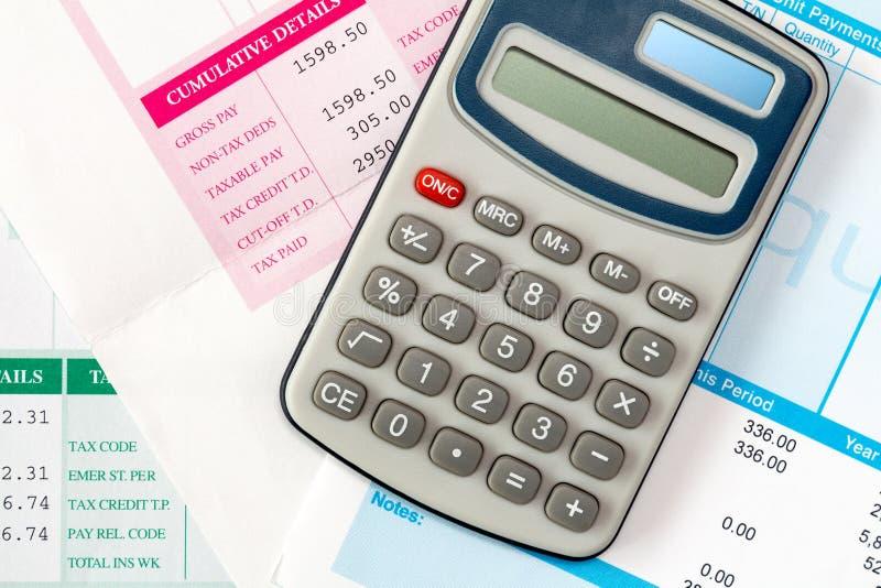 Finansiell kontorslön eller skattberäkning arkivfoto