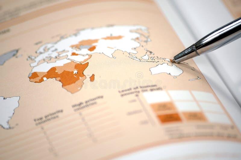 finansiellt foto för diagram som visar materielvärlden royaltyfria foton
