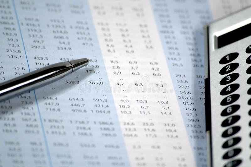 Finanz- und Geschäftsbericht lizenzfreies stockfoto