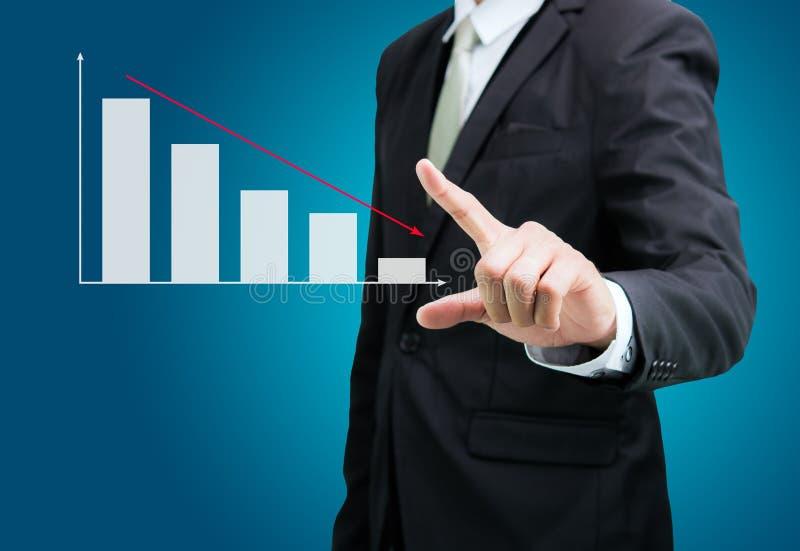 Download Finanzas Derechas Del Gráfico Del Tacto De La Mano De La Postura Del Hombre De Negocios Aisladas Foto de archivo - Imagen de diagrama, encargado: 42439756