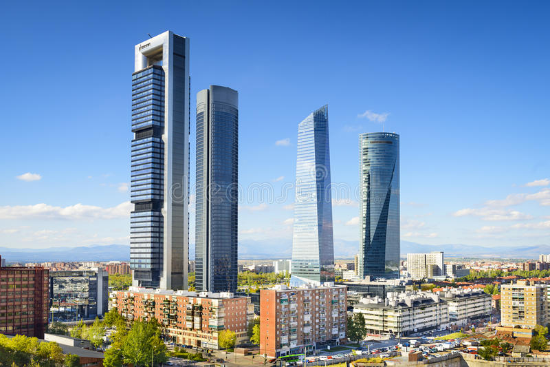 Finanzbezirk Madrids, Spanien lizenzfreie stockbilder