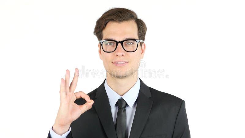 finanze, Internet, affare, concetto di successo, uomo d'affari che mostra segno giusto immagini stock