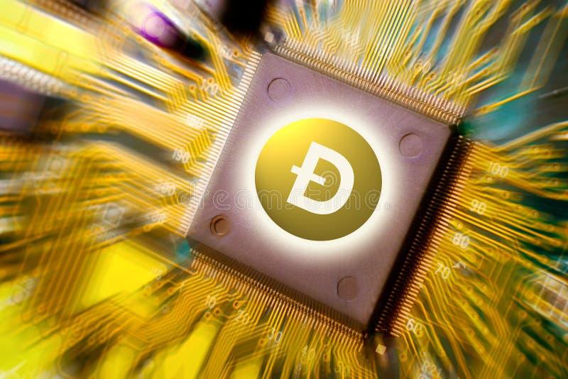 Finanztechnologie und Leiterplattebergbau des Internets geld- und Münze DOGECOIN DOGE lizenzfreies stockfoto