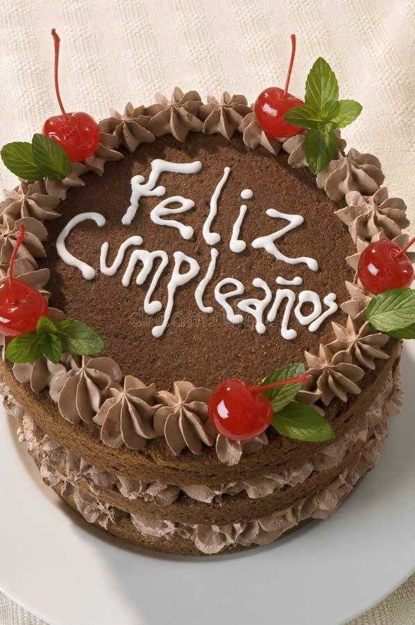 Fine dedicata della torta di compleanno del cioccolato in - Colorazione pagina della torta di compleanno ...