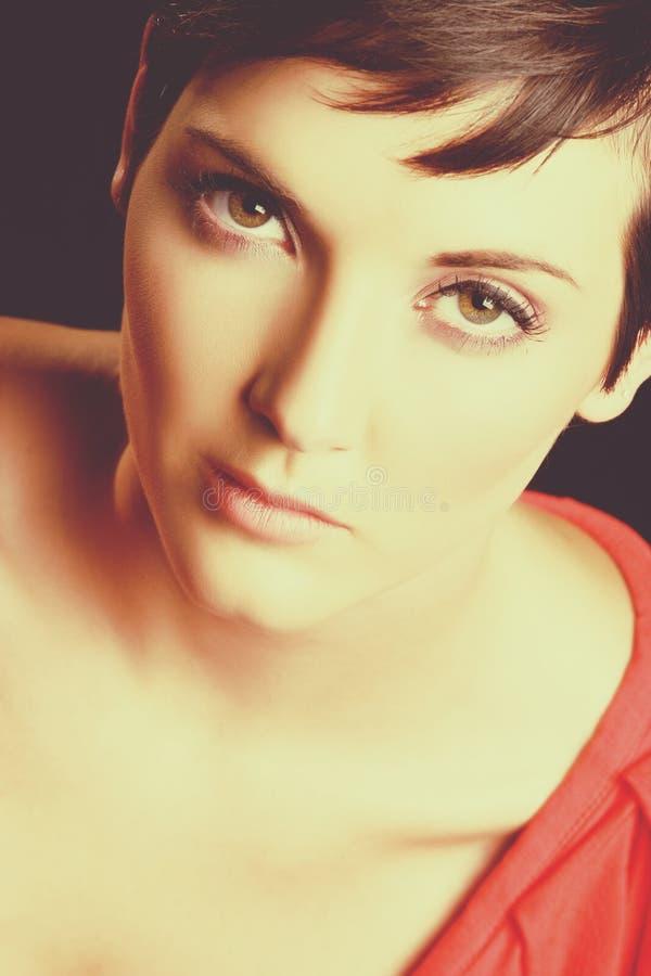 Fine del fronte della donna in su fotografie stock