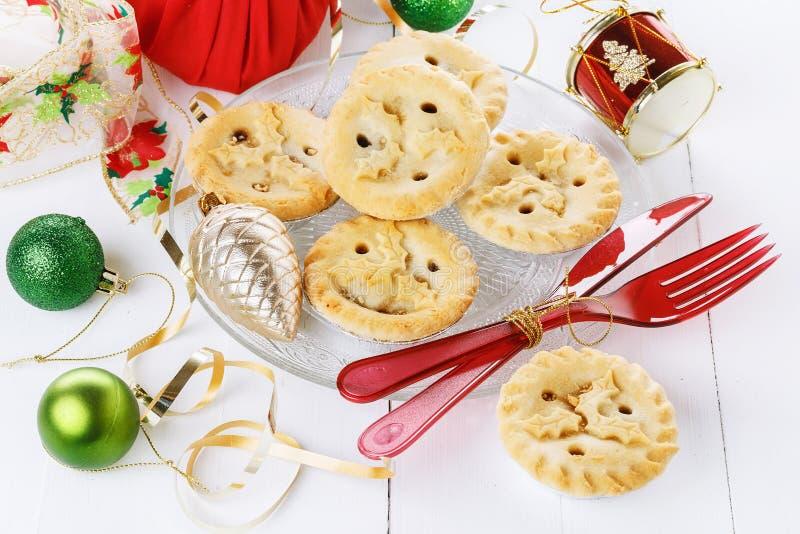 Fine del mince pie della frutta di Natale su immagini stock